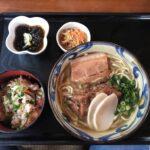 ぷら~と沖縄に行ってみた。帰る前に沖縄そばと「海産物料理の店 楚辺そば」で沖縄そばをいただく